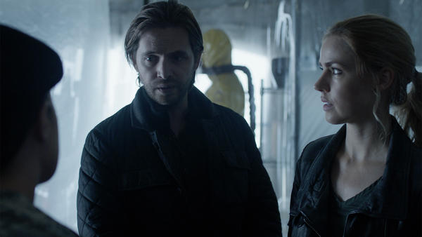 12Monkeys_gallery_208Recap_05.jpg