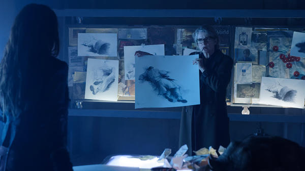 12Monkeys_gallery_304Recap_03_0.jpg