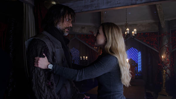 12Monkeys_gallery_304Recap_05_0.jpg