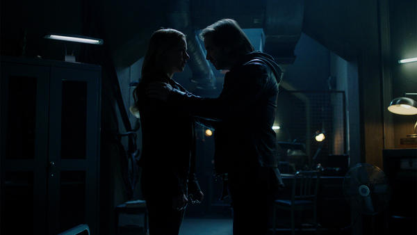 12Monkeys_gallery_305Recap_02.jpg