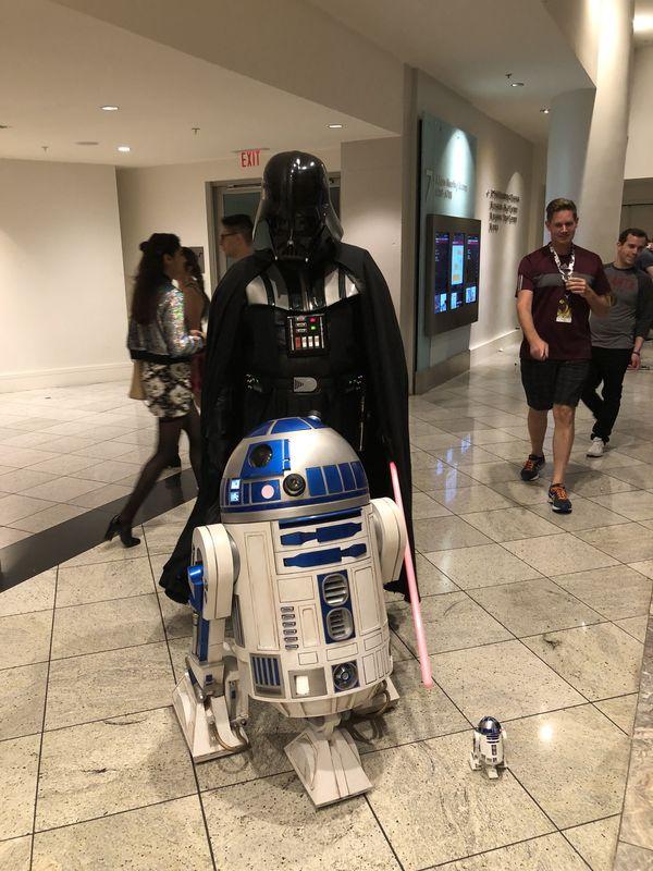 Darth Vader & R2D2