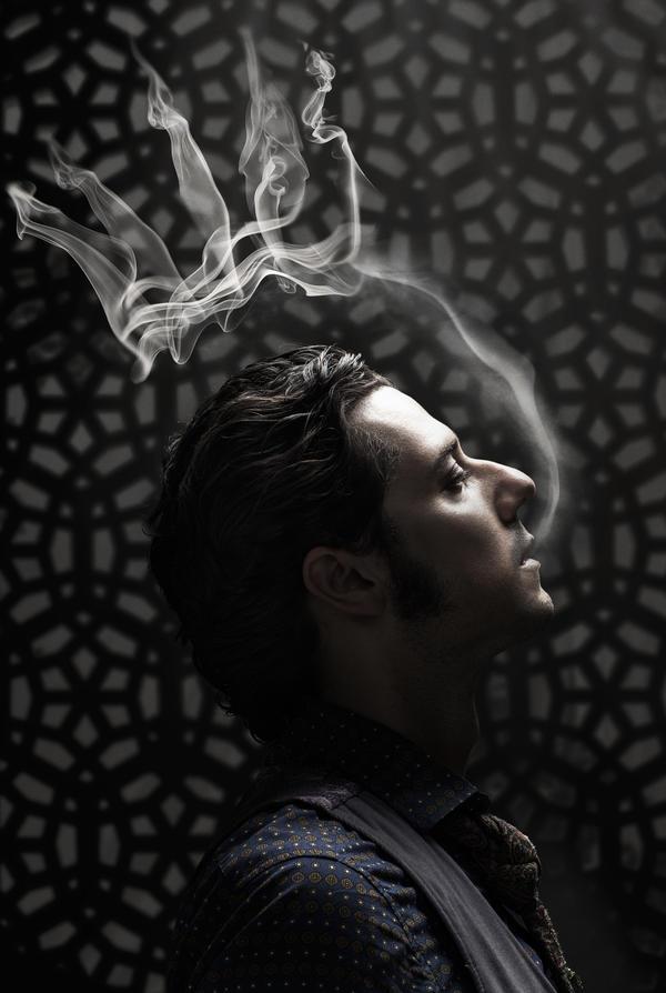Elliot_SmokeCrown.jpg