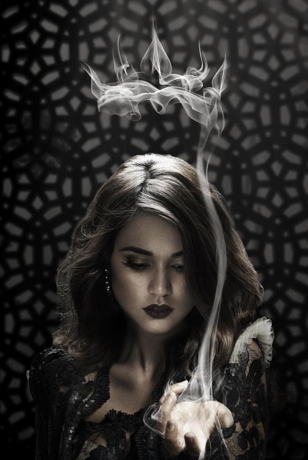 Margo_SmokeCrown.jpg