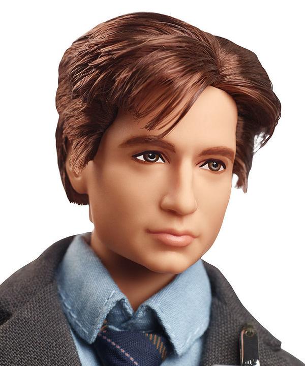 Barbie® The X-Files™ 6