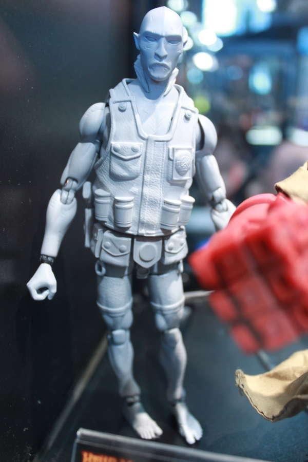 1000 Toys Hellboy Ape Sapien