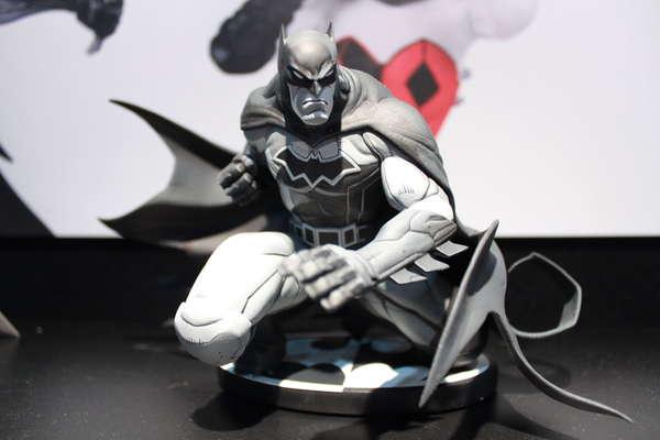 DC Collectibles Batman Black and White by Joe Madureira