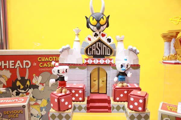 McFarlane Toys Cuphead Chaotic Casino Construction Set