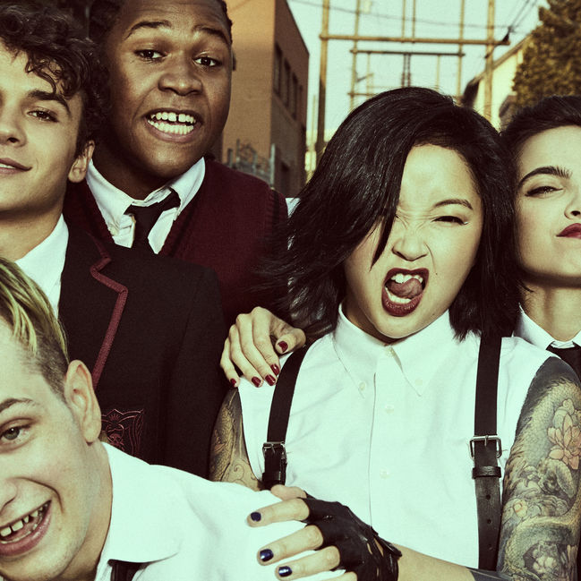 deadlyclass_gallery_candids_color_group_08