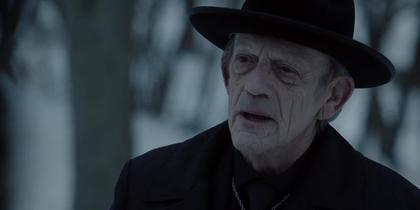 Christopher Lloyd on 12 Monkeys Season 3