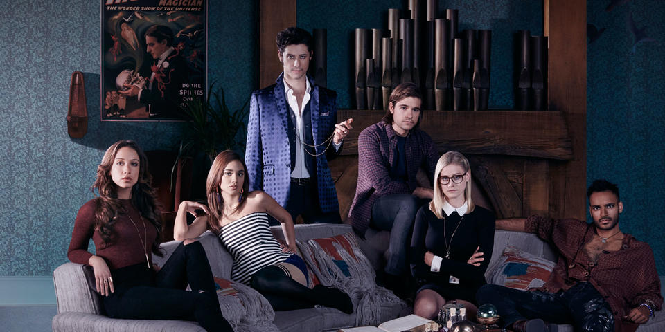 TheMagicians_hero_Cast_03.jpg