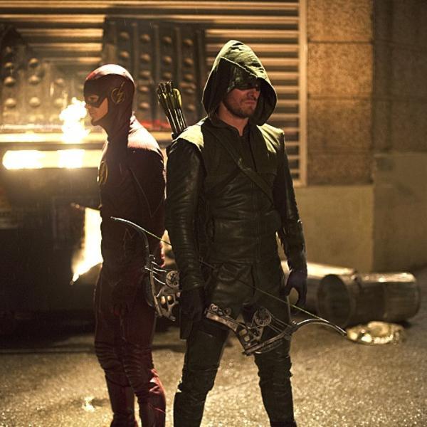 Flash-vs-Arrow-Barry-Oliver.jpg
