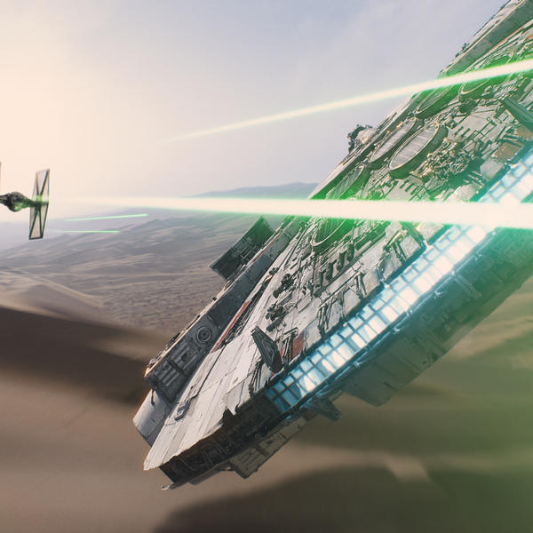 Millennium-Falcon-IMAX-Force-Awakens.jpg