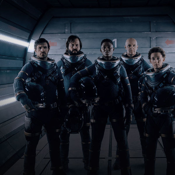 nightflyers_hero_02_cast