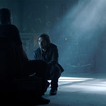 12Monkeys_Gallery_410Recap_10
