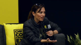 Amy Jo Johnson C2E2
