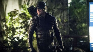Arrow_ClearedPhoto_TheCWNetwork_02