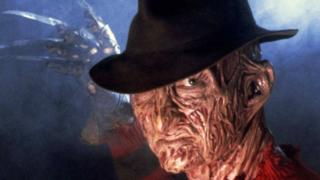 Robert Englund a Freddy Krueger in A Nightmare on Elm Street