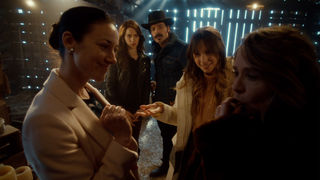 Wynonna_Earp_Gallery_305Recap_05