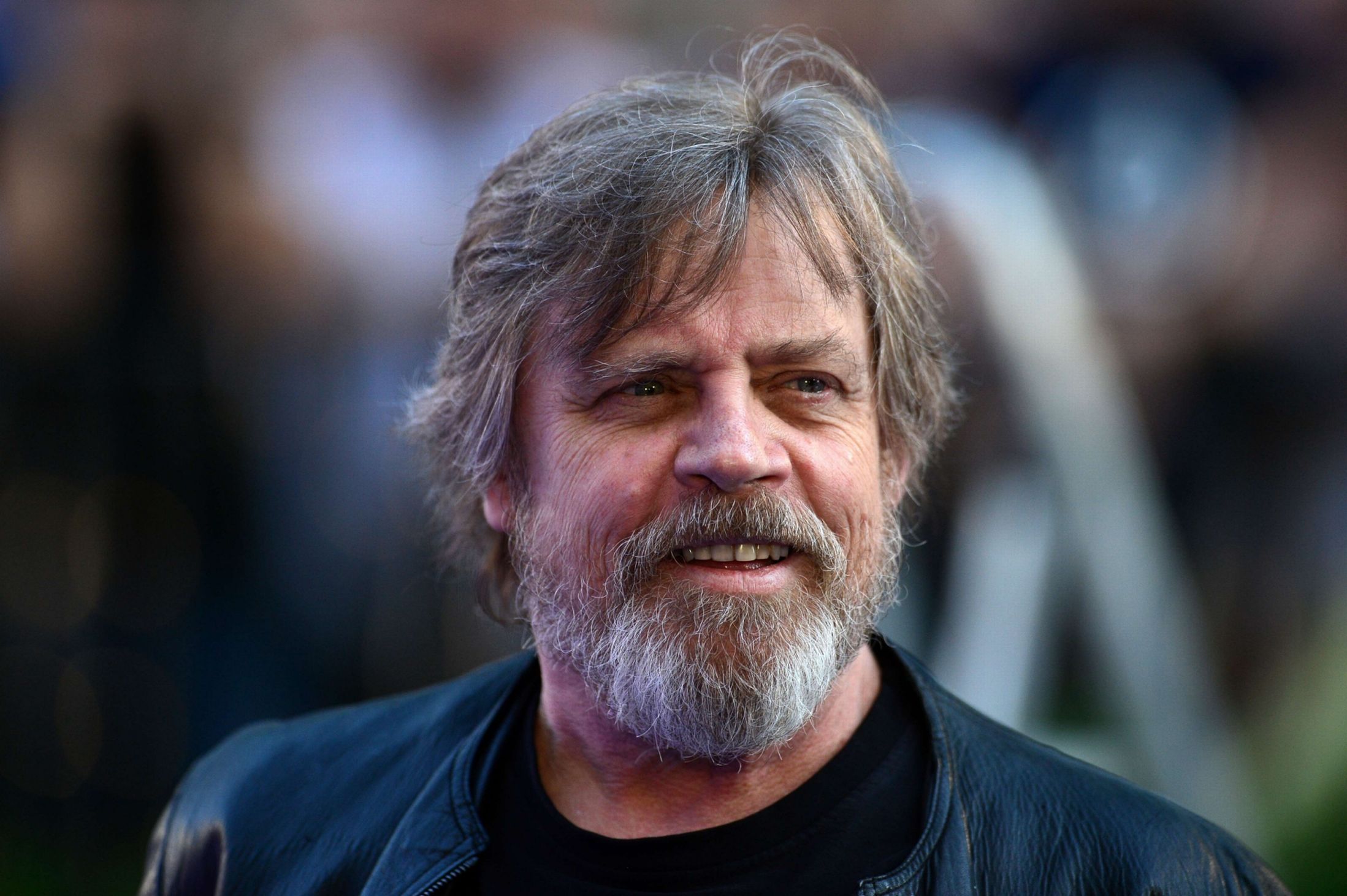 Mark Hamill almost die...