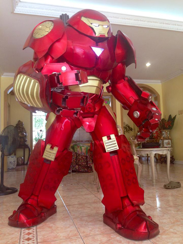 Cosplay we Love: Titanic Iron Man Hulkbuster Armor! | Blastr