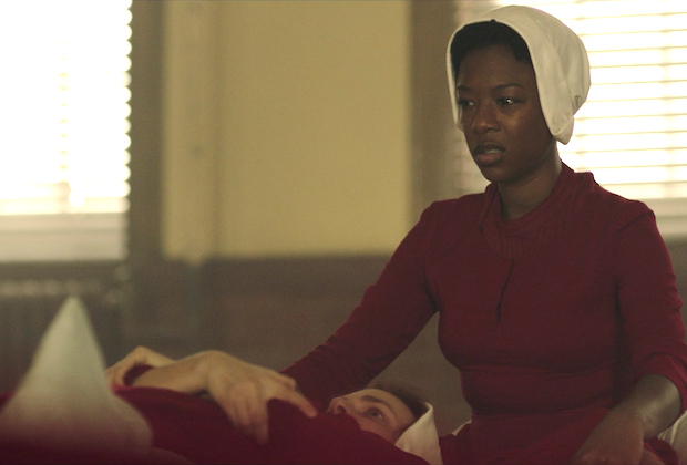 Women protest Ohio abortion bill in Handmaid's Tale costumes