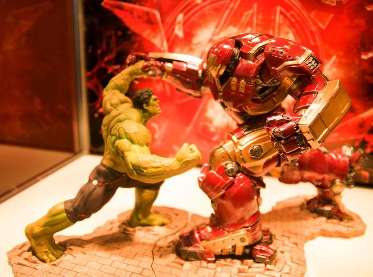 ArtFX Hulk vs Hulkbuster Iron Man