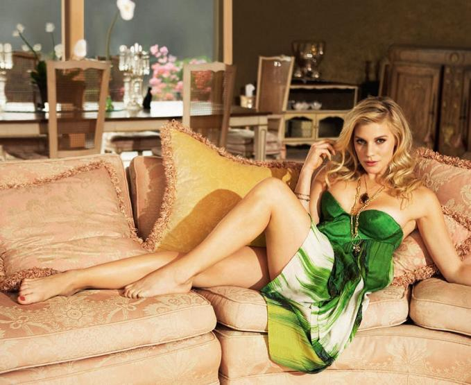 Hacked: Cara Castronuova Nude