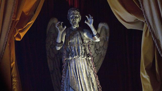 Moffat explains Statue of Liberty Weeping Angel paradox  confuses us    Weeping Angel Statue Of Liberty