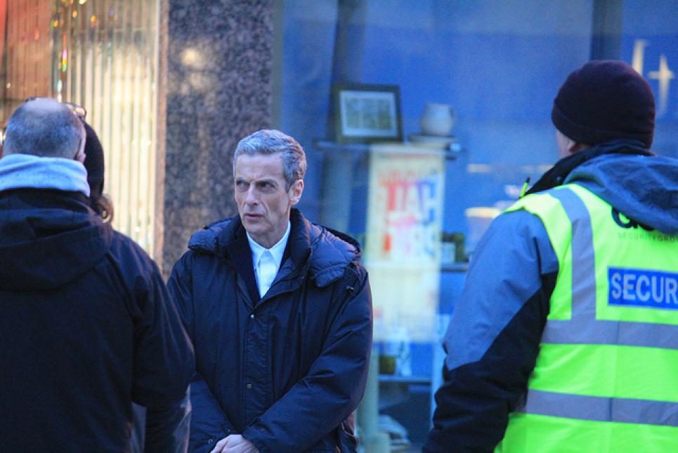 8 New Doctor Who Filming Pics A Video Show More Of