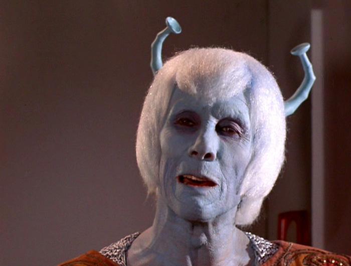 Trek's Orion Slave Girl + 28 more of our favorite monochromatic aliens | Blastr