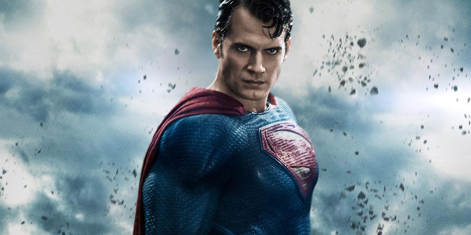 [SUPERPOST] Supergirl -- El 26 de Octubre creerás que una mujer puede volar --  - Página 2 Henry_cavill_batman_v_superman