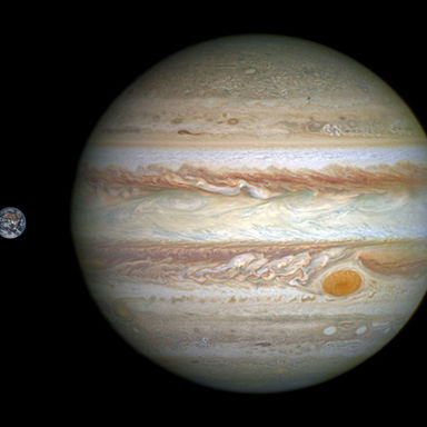 Jupiter and Earth to scale