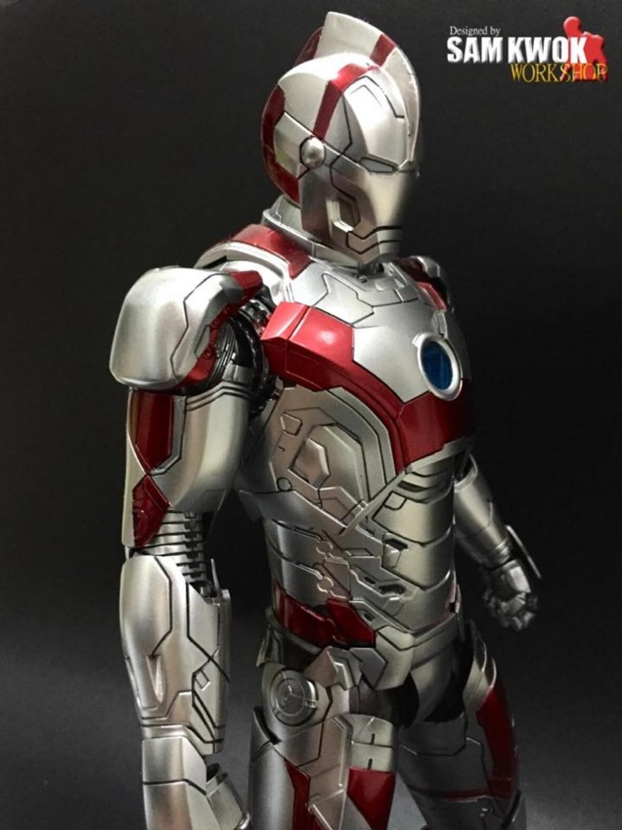 Iron Man Mark 3000 ~ Iron man action figures modified with hello kitty spawn
