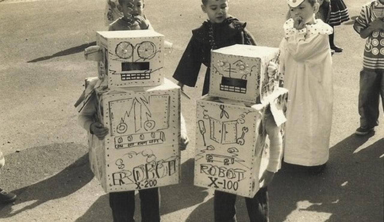 Old Timey Halloween Robots