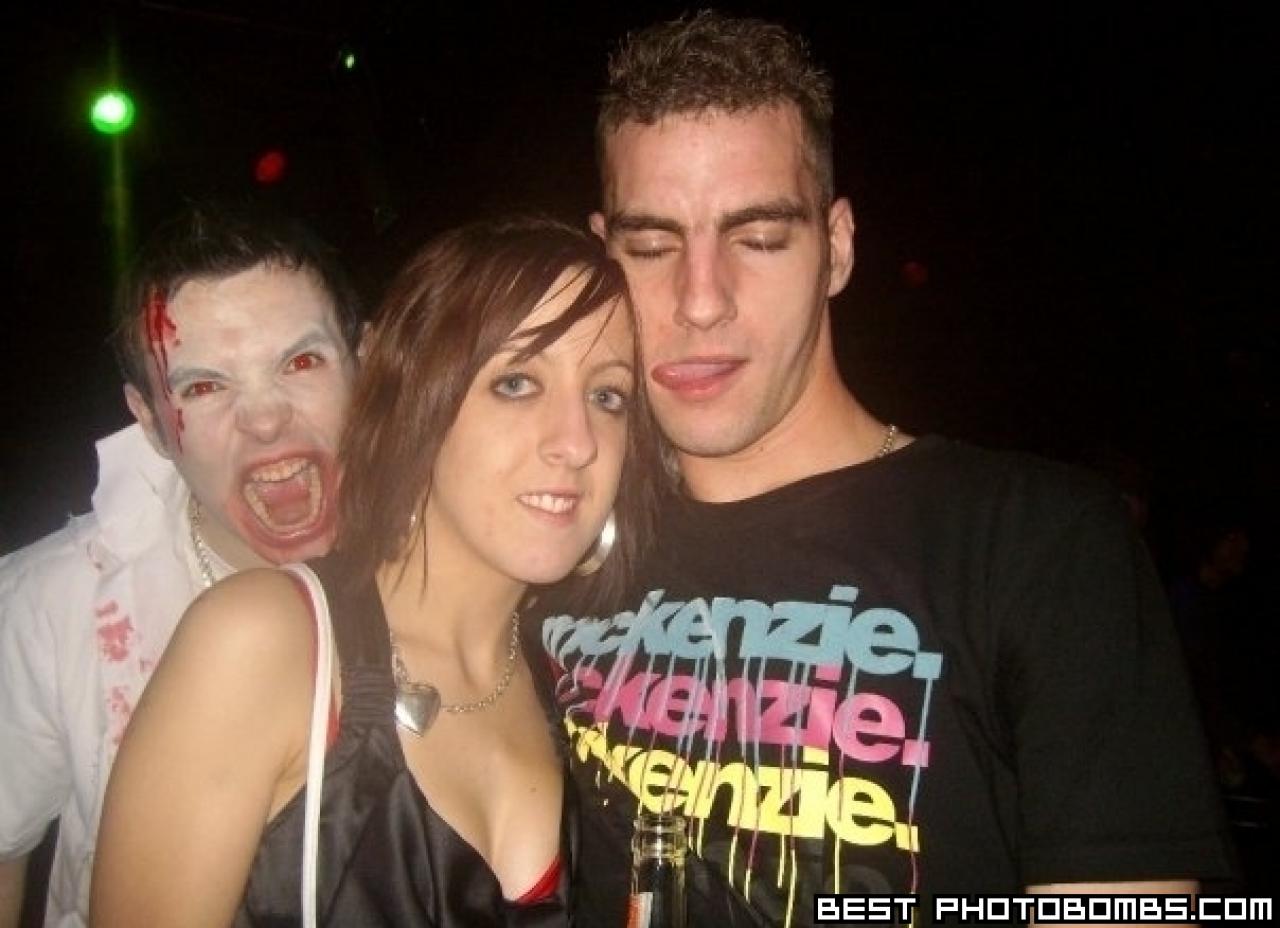 Zombie photobomb
